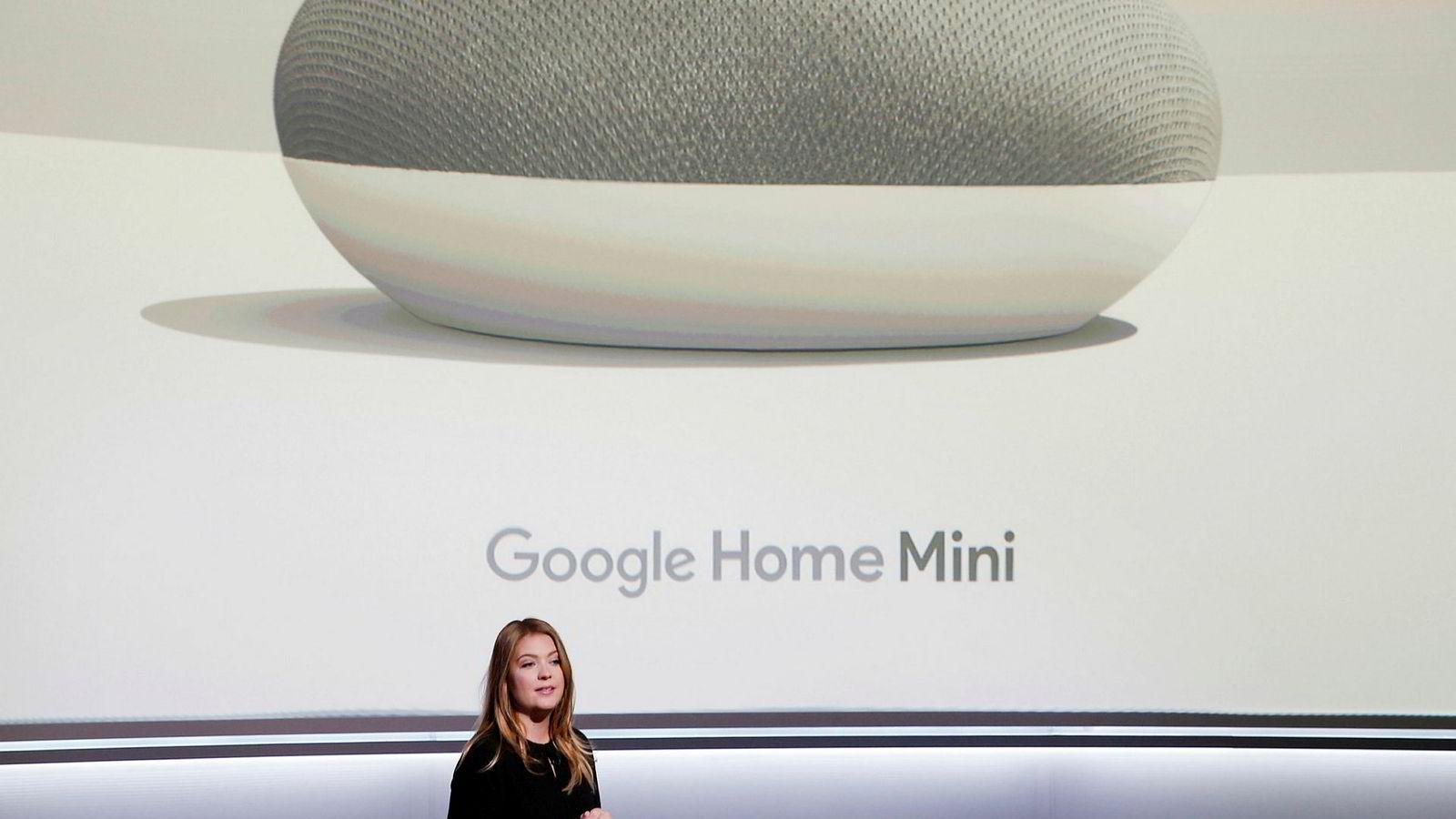Isabelle Olsson, Googles sjef for industridesign lanserte Google Home Mini for det amerikanske markedet i oktober 2017.