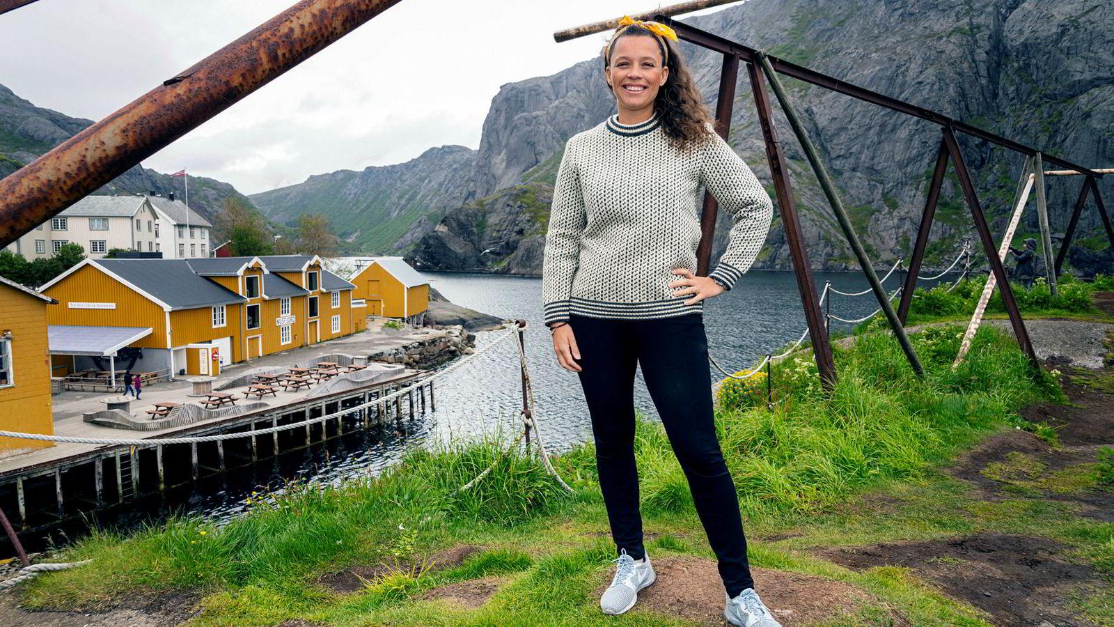 – Vi jobber med å begrense den store trafikken til anlegget, sier Caroline Krefting i Nusfjord.