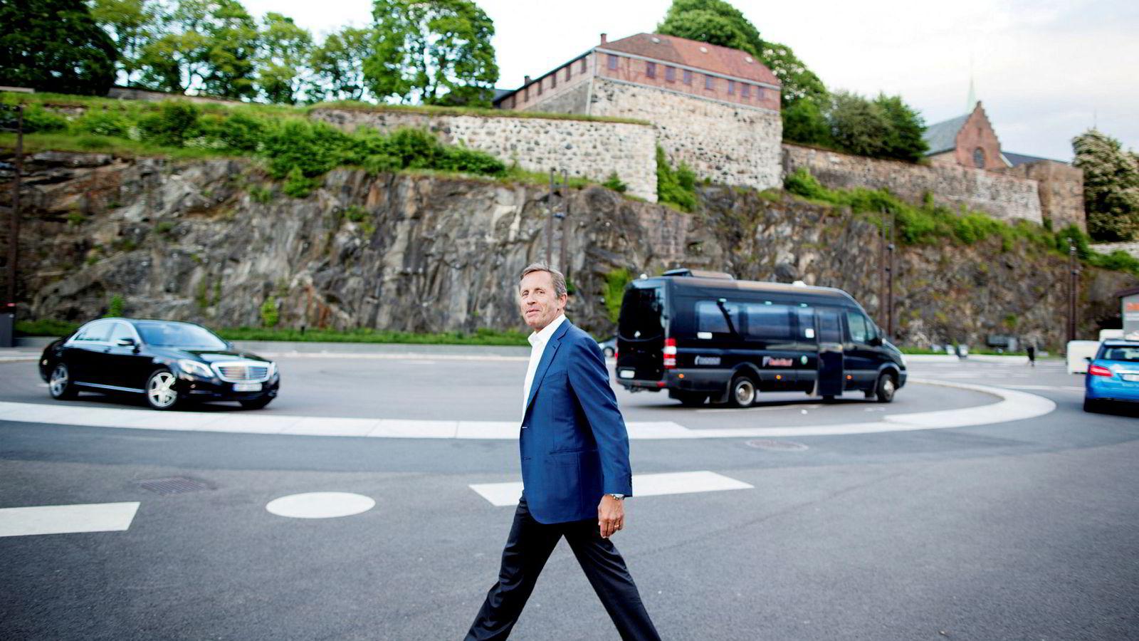 Axxis-hovedeier Arne Blystad, her fotografert nedenfor Akershus festning, Oslo under shippingmessen Nor-Shipping.