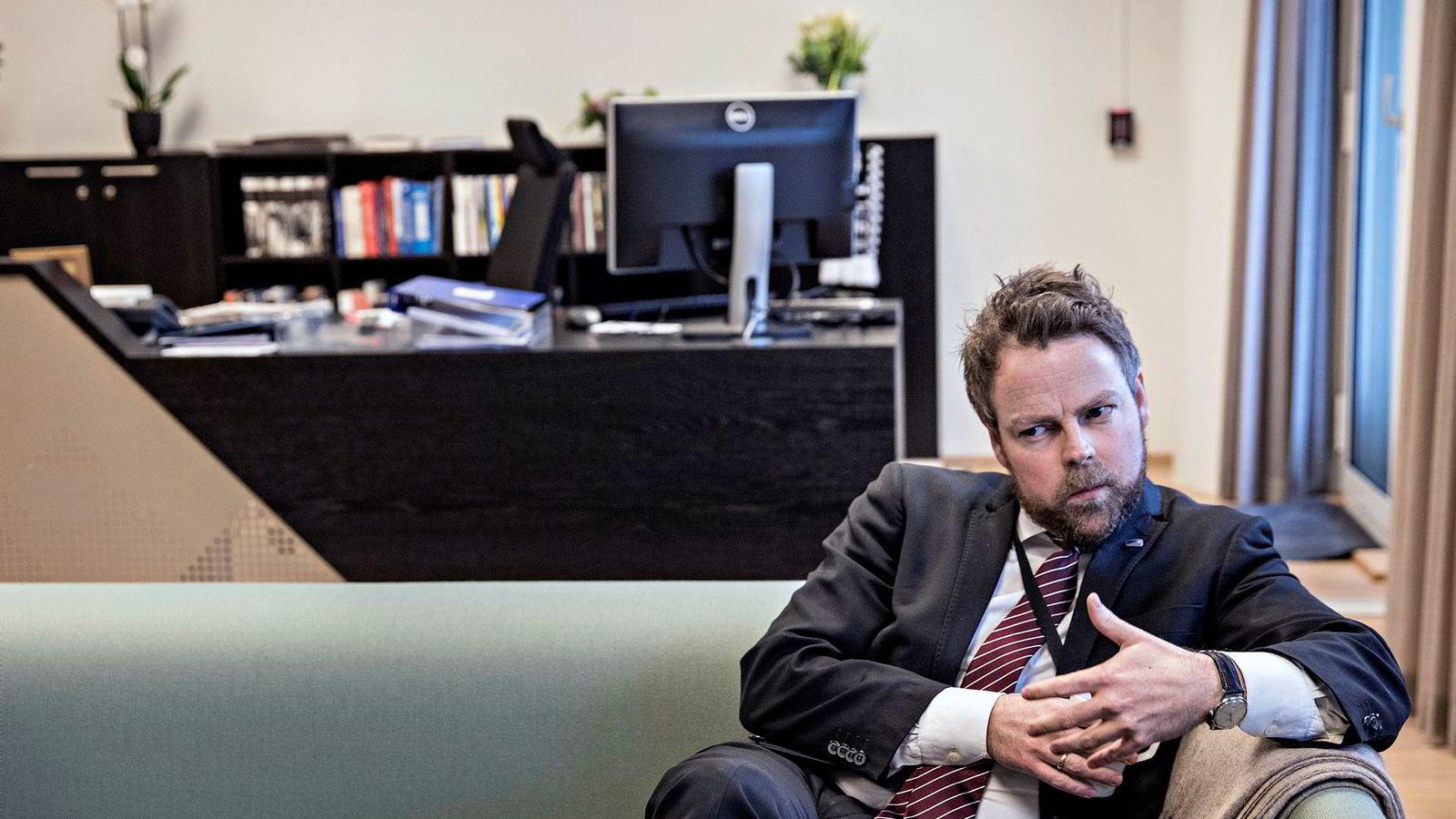 Næringsminister Torbjørn Røe Isaksen tok over denne ministerposten 17. januar.