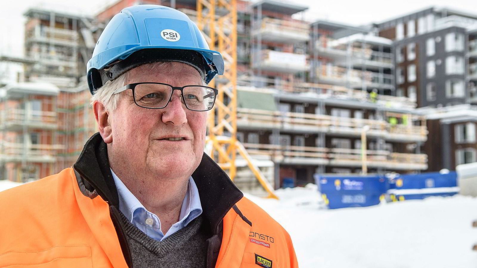 Consto taper penger i Sverige, men vokser i Norge. Konsernsjef Hans Kristian Seterlund innrømmer at de vokste for fort i Sverige. Her på en byggeplass i Tromsø, der selskapet har bygget nytt hovedkontor.