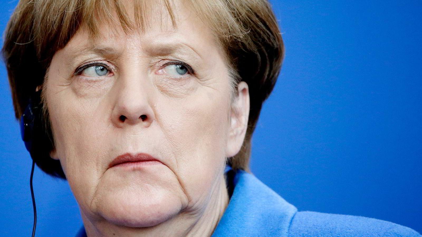 Merkel føler et politisk press på hjemmebane, skriver Sverre Strandhagen. Foto: Michael Sohn/Ap/NTB Scanpix