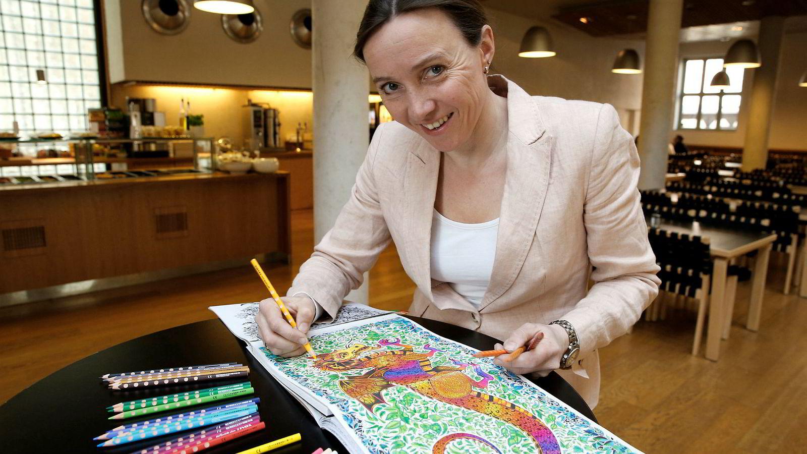 Ingrid Eia Ryvarden oppdaget fargelegging for voksne, noe som ble en uforutsett salgssuksess for Gyldendal i 2015.