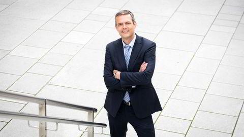 Råvareanalytiker Bjarne Schieldrop tror oljeprisen skal oppover fra og med denne uken.