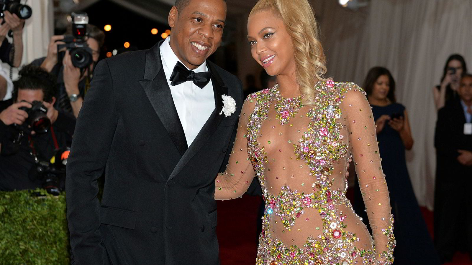 Rapperen Jay Z (Shawn Carter) eier musikkstrømmetjenesten Tidal. Her sammen med kona og superstjernen Beyoncé Knowles-Carter.