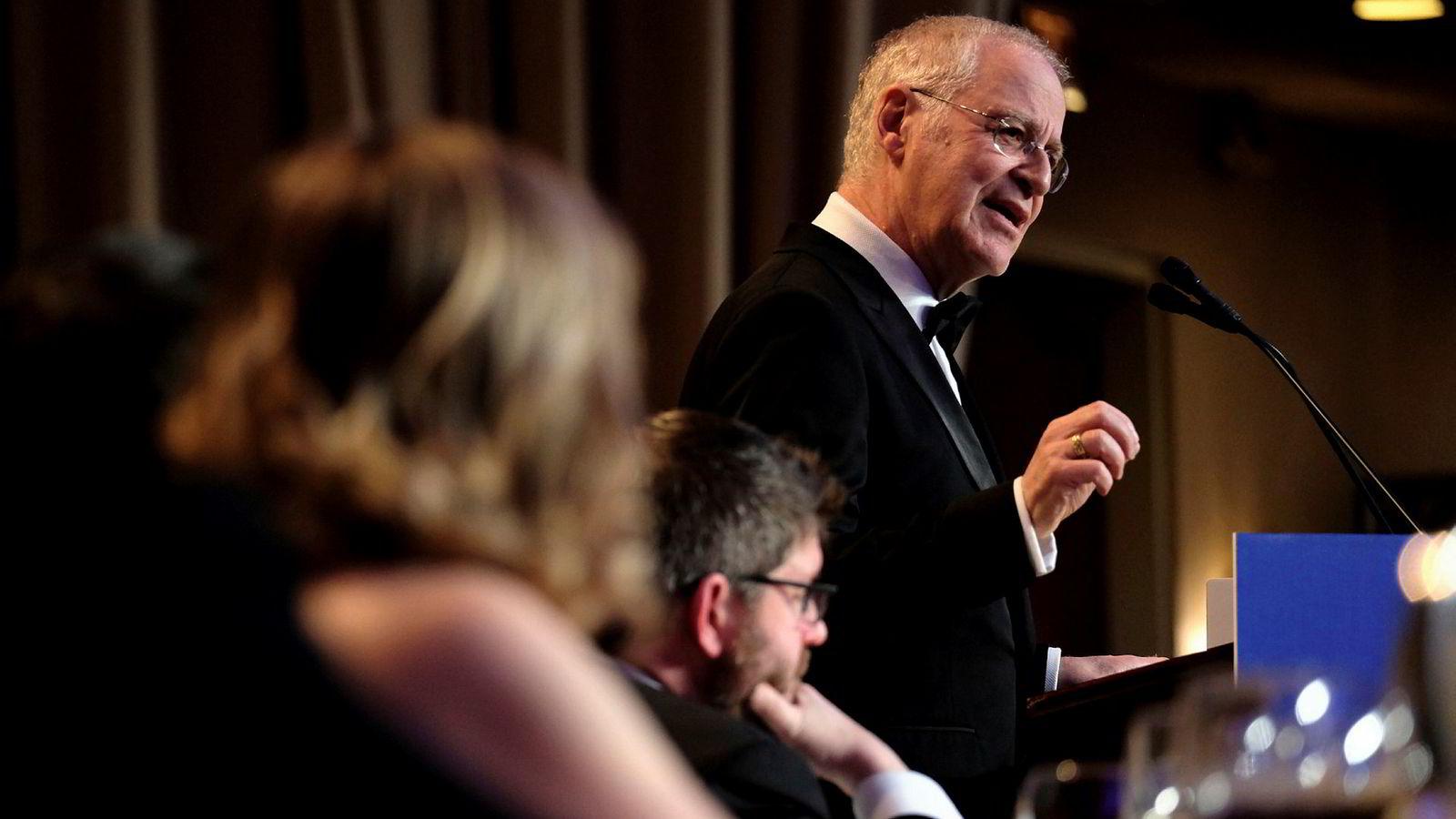 Forfatter og historiker Ron Chernow var hovedtaler under den årlige White House Correspondents Association Dinner i Washington lørdag kveld.