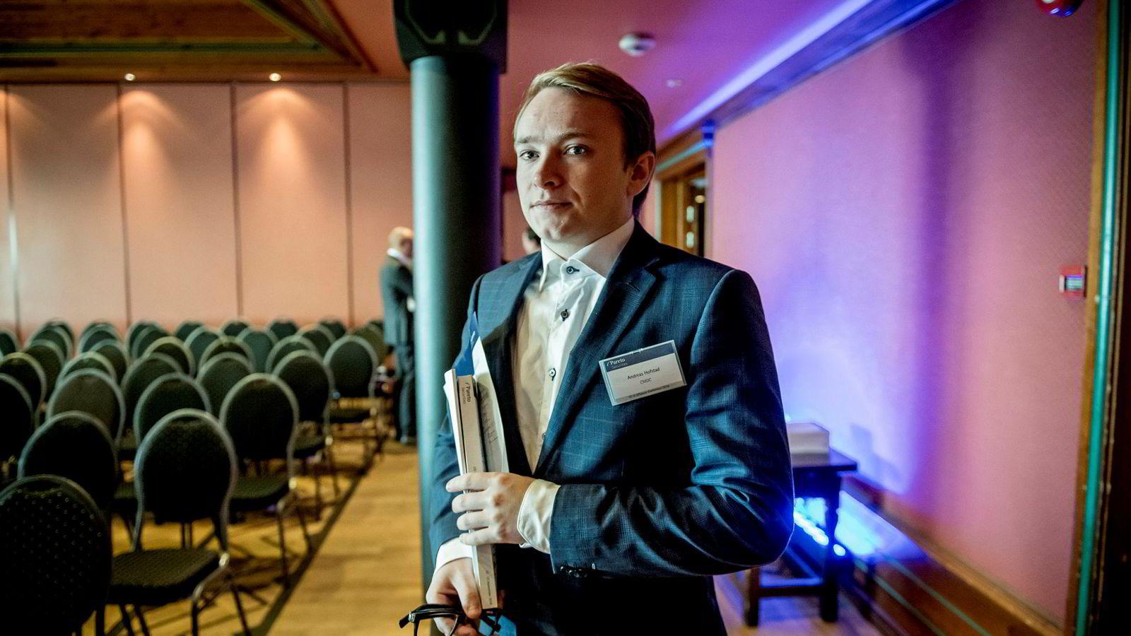 – Interessen er det viktigste og det som driver meg, sier aksjehandler Andreas Wold Hofstad fra Trondheim