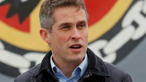 Forsvarsminister Gavin Williamson under et besøk i Ukraina i forrige uke.
