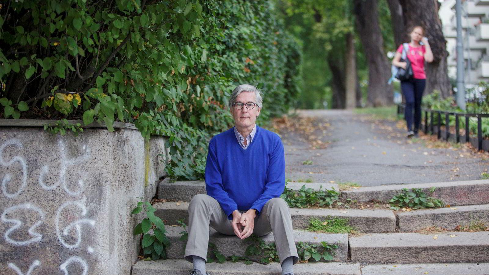 De utroligste ting kan skje om man møter andre fordomsfritt, skriver psykiater Tormod Huseby. Han er ny spaltist i DN.
