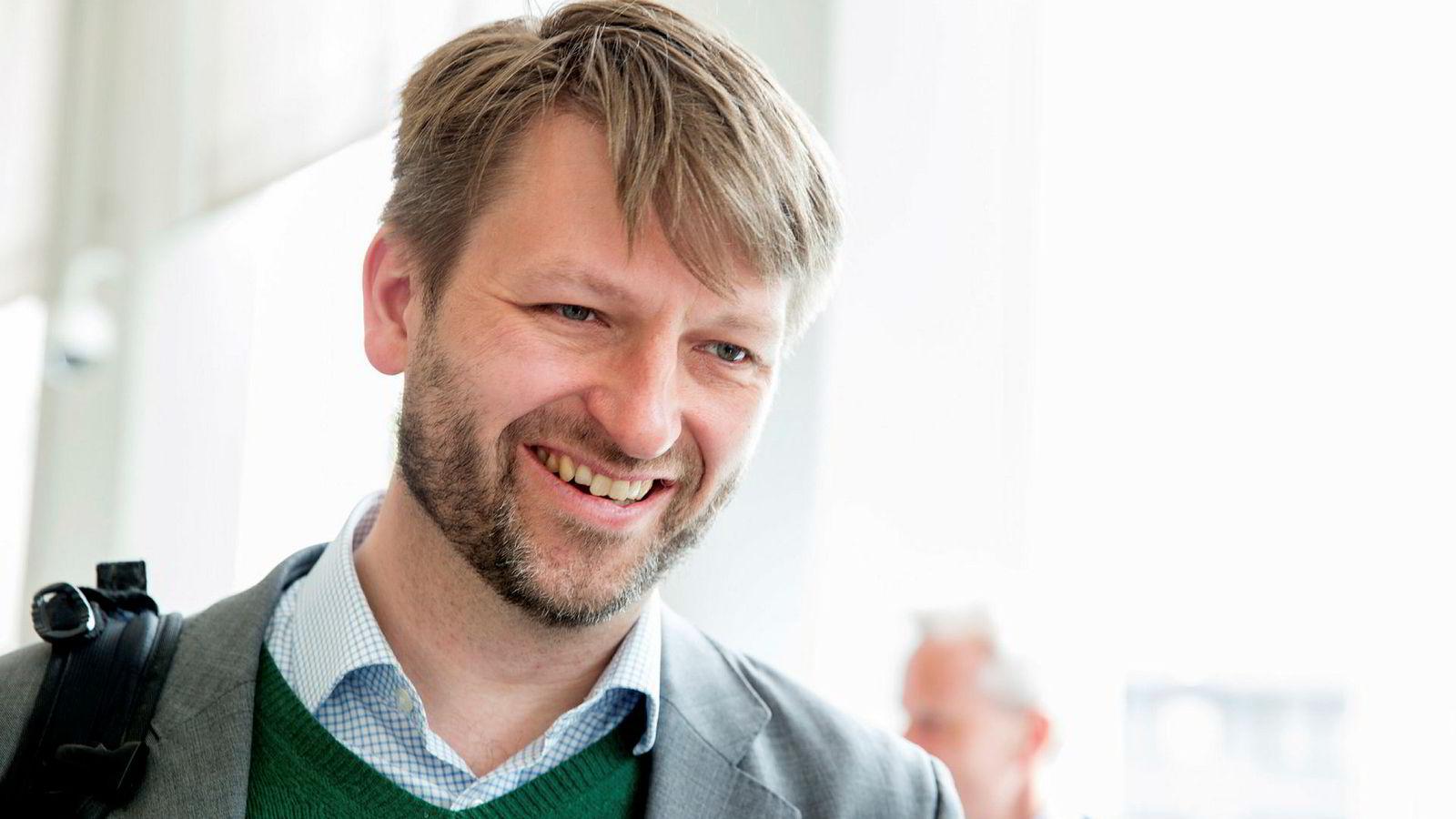 Høyre og Eirik Lae Solberg mener det vil være en god løsning at Oslo sluker noen av sine nabokommuner.