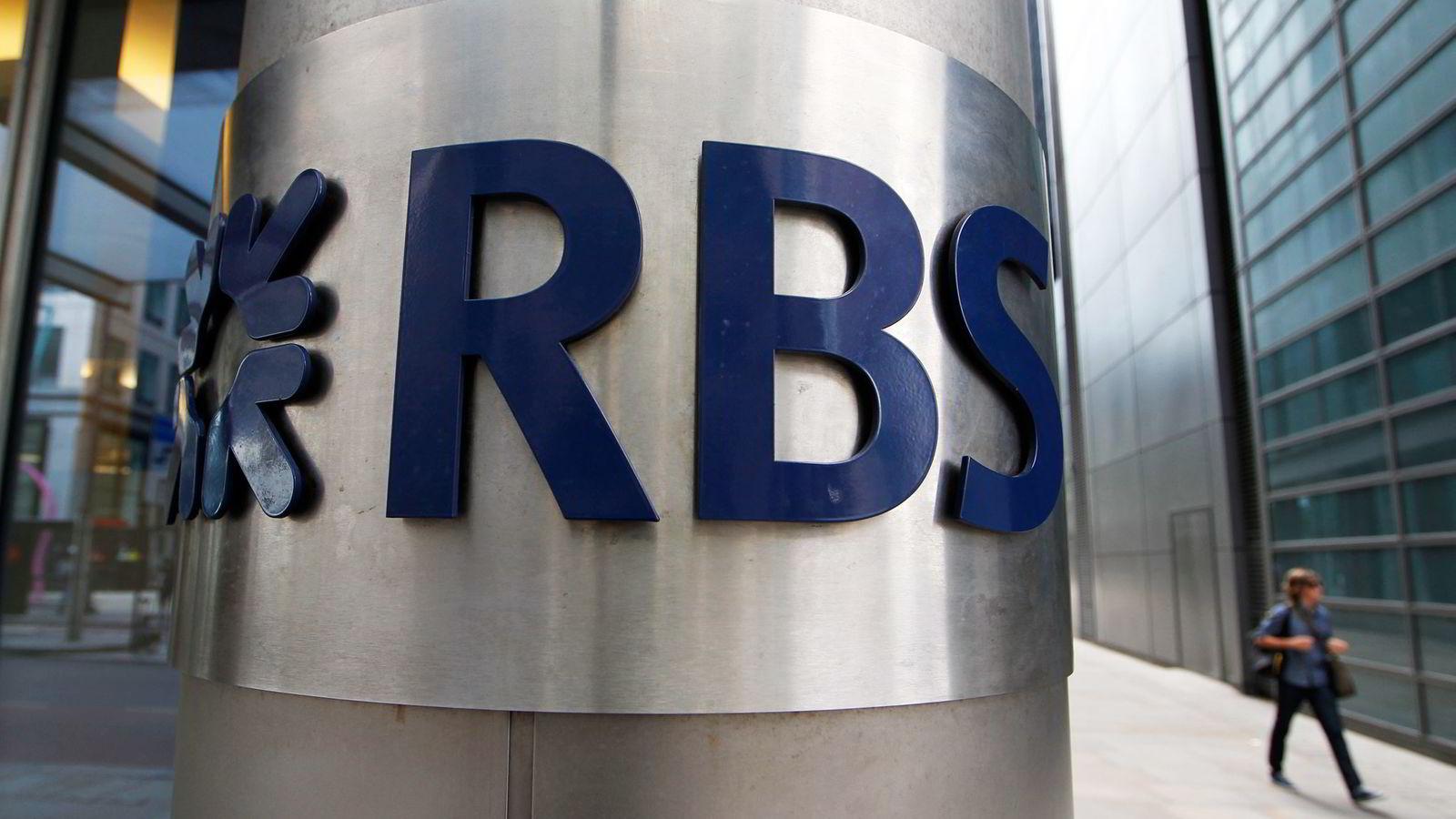 Advokater i London tjener stort på banker som RBS, som så langt har brukt over en milliard kroner bare på ett søksmål.