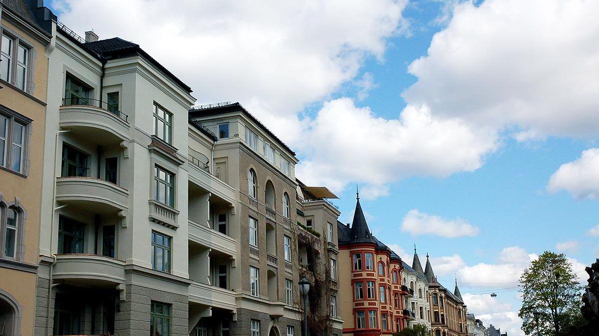 Med en gjennomsnittspris på 13.925 kroner i måneden er St. Hanshaugen og Frogner dyrest, ifølge tall fra Opinion Perduco. Avbildet er en bygård på Frogner i Oslo.