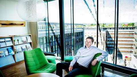 Direktør Knut Sunde i Norsk Industri frykter titusenvis av jobber i Norge kan ryke fremover.