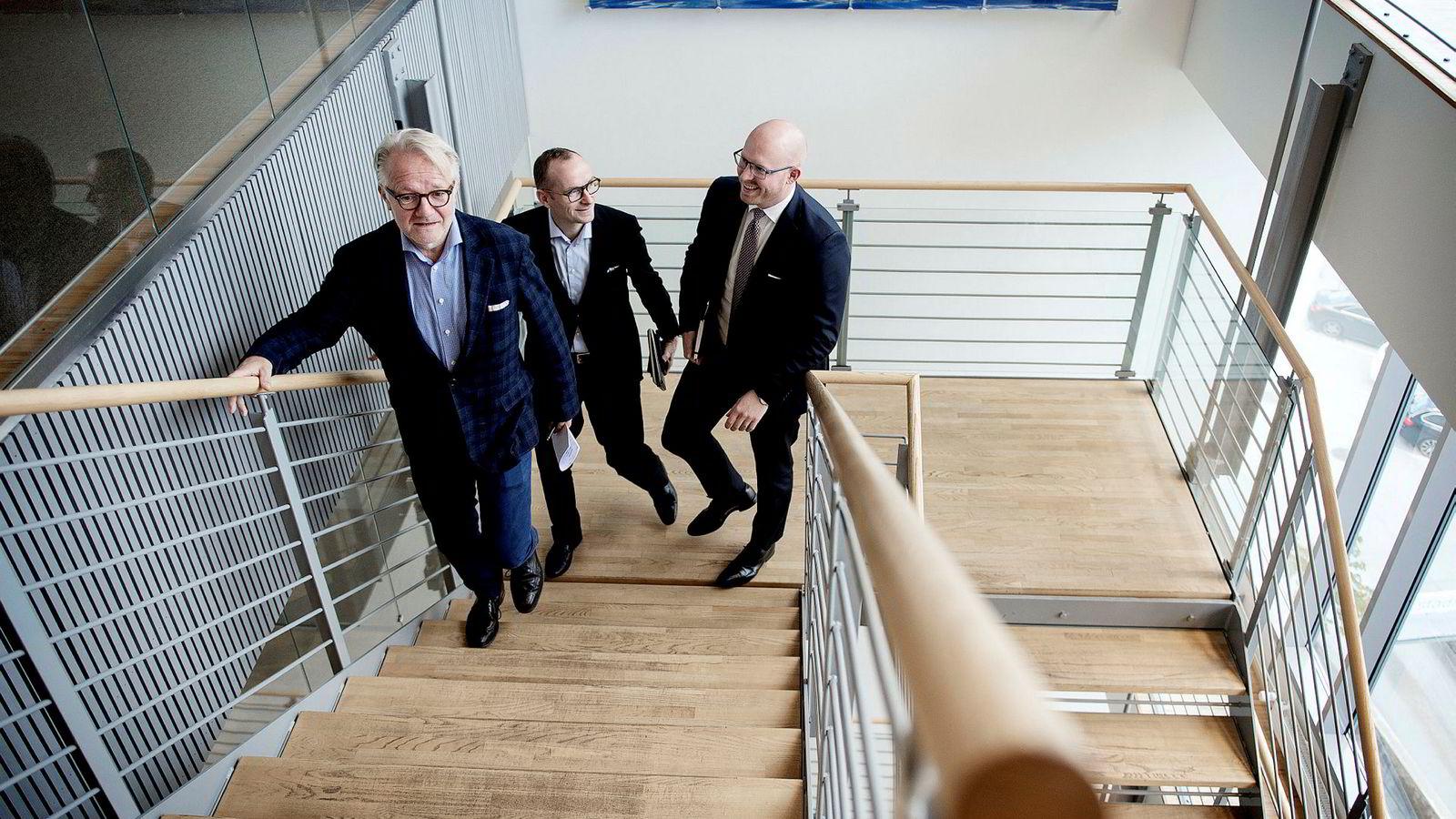 Gunnar Halvorsen i Hitecvision (fra venstre) har gjort et nytt milliardoppkjøp. Her sammen med resten av teamet, Einar Gjelsvik og Michael Robberstad.