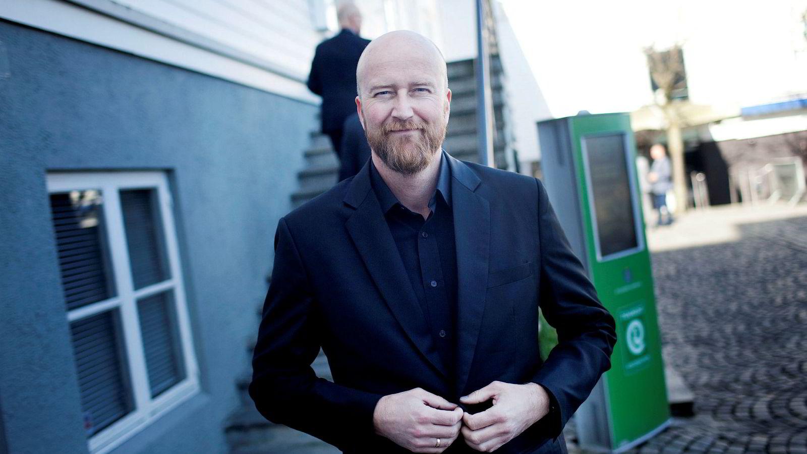 Torbjørn Kjus styrer energihandelvirksomheten Vistin Trading. – Vi tar illikvide posisjoner som når de nærmer seg utløp blir likvide, sier han.