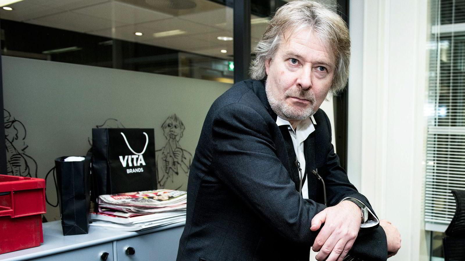 VG-sjef Torry Pedersen varsler kutt. - Det er fortsatt sånn at VG har som ambisjon å være en lønnsom bedrift, sier Pedersen.