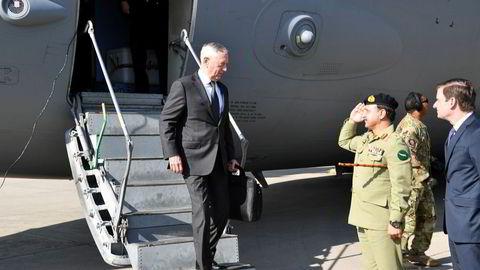 USAs forsvarssekretær Jim Mattis ankom Islamabad mandag.