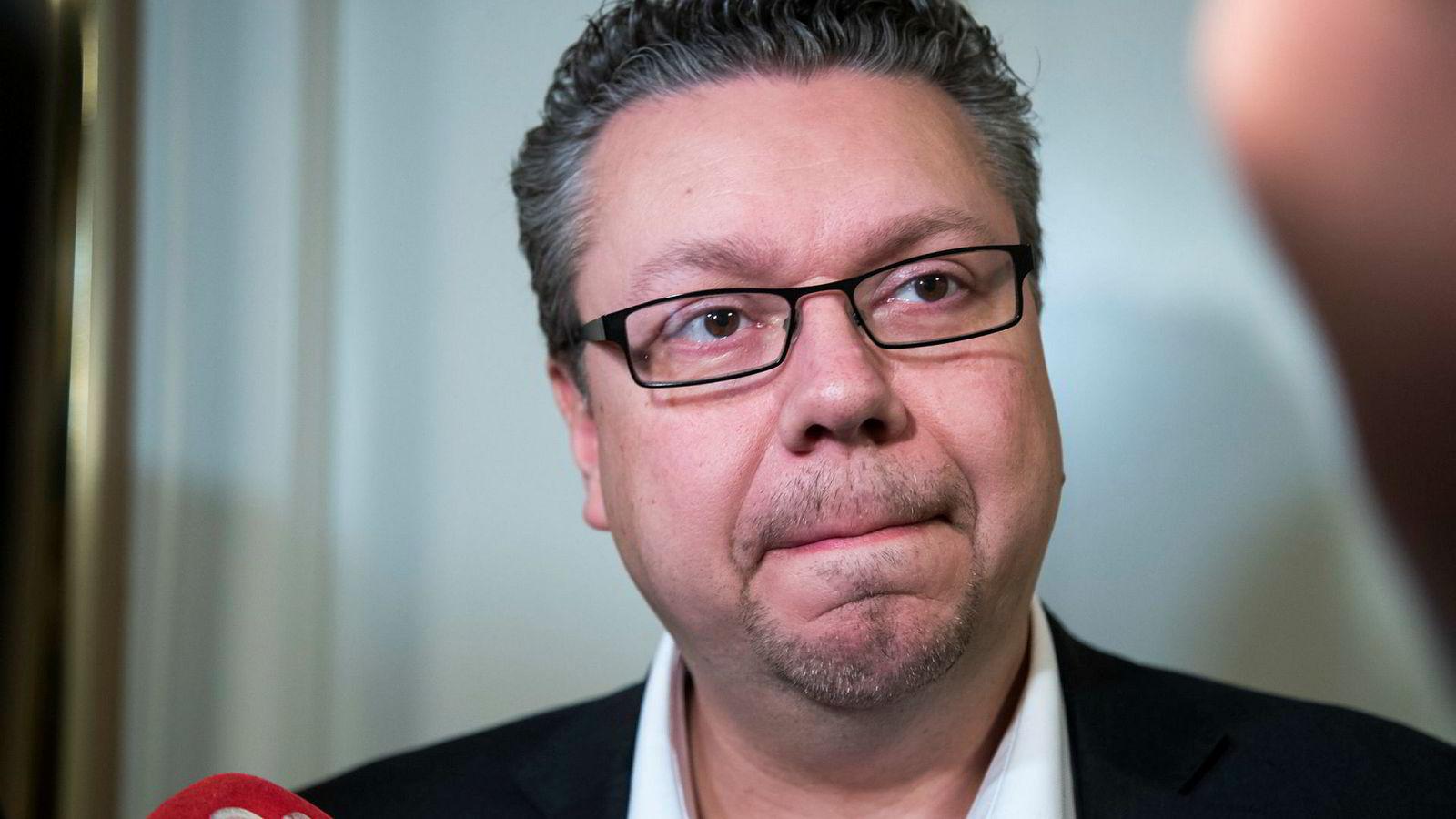 Stortingsrepresentant Ulf Leirstein sendte pornografi til en gutt på 14 år fra Stortingets epostsystem. Nå lover partiet en rask behandling av saken.