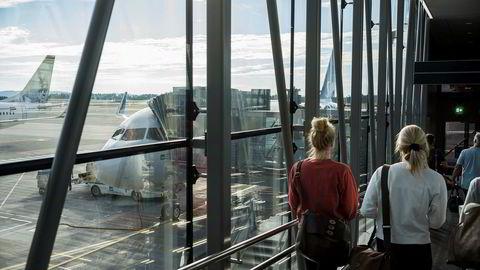 Til sammen er det 6824 flyreiser, eller rundt 40 reiser på hver representant i året i gjennomsnitt. Utenlandsreiser kommer i tillegg.
