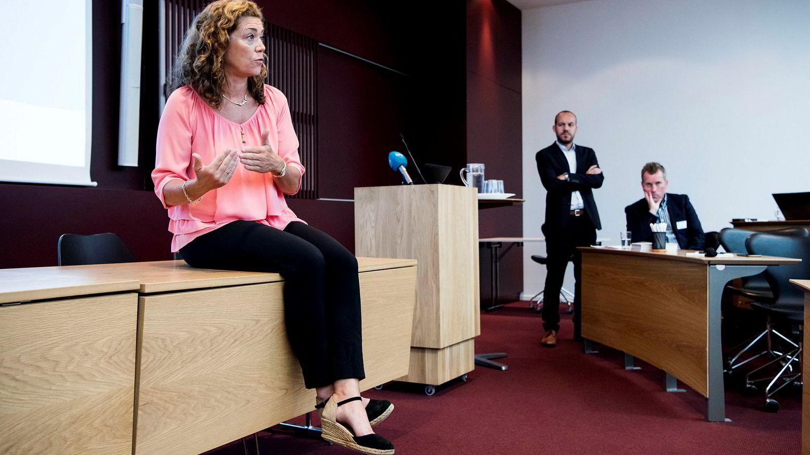 45 prosent av de spurte trekker frem at lavere skatter og avgifter bør prioriteres av myndighetene for å sikre bedriftens suksess,viser en undersøkelse presentert av administrerende direktør Kristin Skogen Lund i NHO.