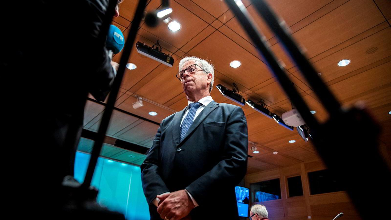Har Norges Bank og sentralbanksjef Øystein Olsen stirret seg blind på gode konjunkturer hjemme og glemt de dårlige ute?