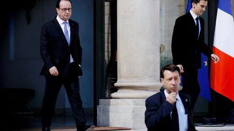 François Hollande sliter allerede med lav oppslutning, og fremstår som en svak president. Fremmedfiendtligheten får stadig større rom i fransk politikk, skriver artikkelforfatteren. Foto: Thomas Samson/AFP/NTB Scanpix
