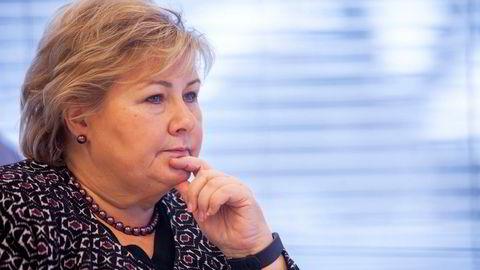 Mange er kritiske til regjeringens og statsminister Erna Solbergs forslag om å føre milliardutgifter «under streken».