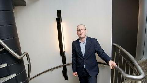 Skryter av Stortinget, særlig av KrF. Steffen Handal, lærernes fremste tillitsmann er såre fornøyd med borgerlig beslutning om å innføre lærernorm