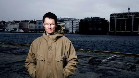Truls Gulowsen, leder for Greenpeace i Norge, mener Venstre og KrF bør gå inn i regjeringen for å få til en bedre miljøpolitikk.