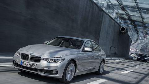 BMW 330e blir en svært prisgunstig modell på det norske markedet. Foto: BMW