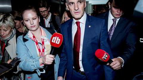 Ap-leder Jonas Gahr Støre (bildet) og resten av partiledelsen bør vurdere sin stilling etter et dårlig valg, mener leder Steffen Høiland i Fellesforbundet i Nord-Rogaland.