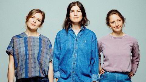 No. 4 synger svært godt sammen og uttrykket har modnet på tredjealbumet «Duell» som utgis fredag. Fra venstre, Emilie Christensen, Julia Witek og Ingeborg Marie Mohn.