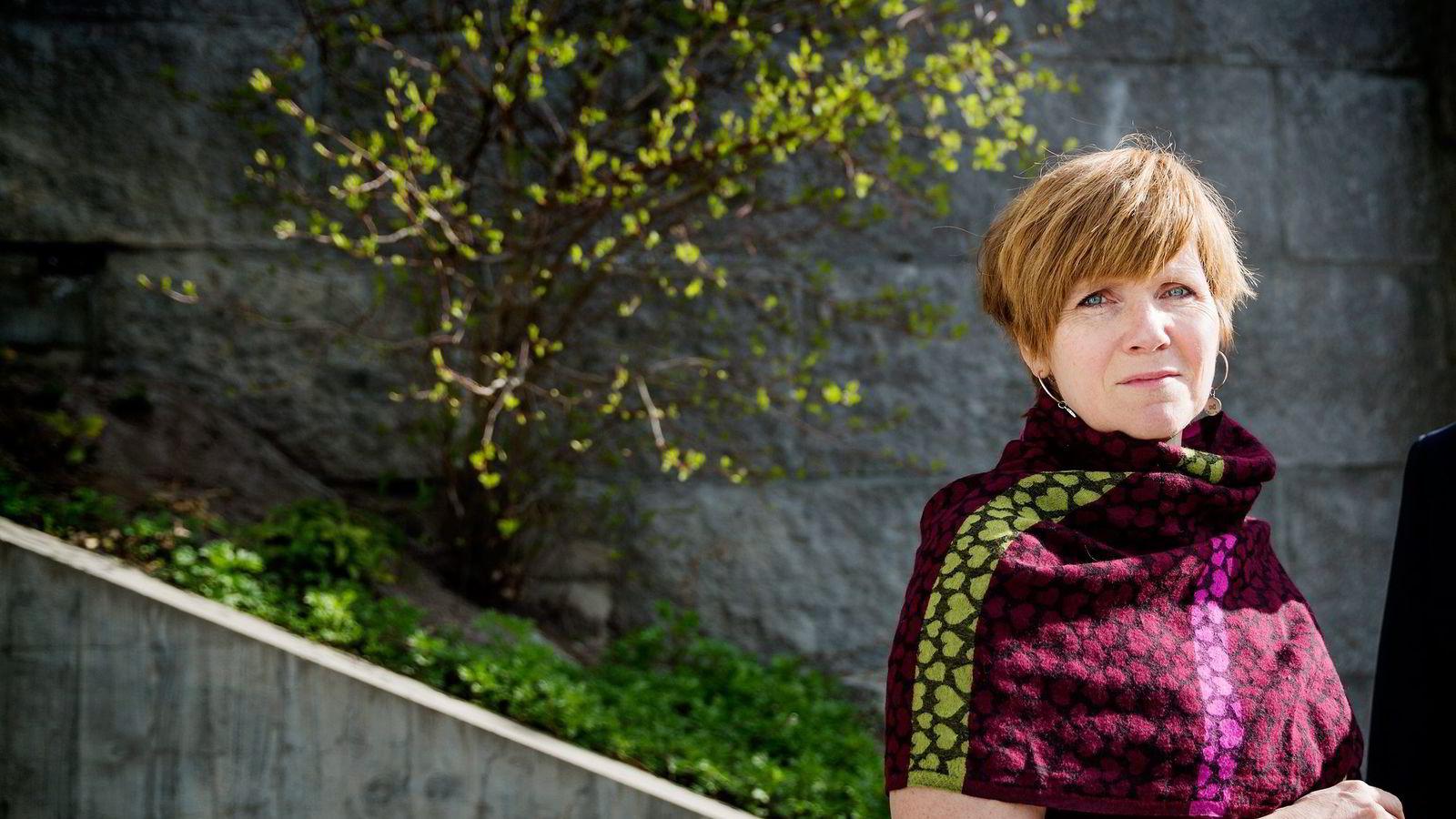 Christine B. Meyer er den første SSB-sjefen som er utdannet siviløkonom, eller bedriftsøkonom som LOs sjeføkonom Stein Reegård kaller utdannelsen. Han mener hennes bakgrunn er for «smal». Foto: Per Thrana