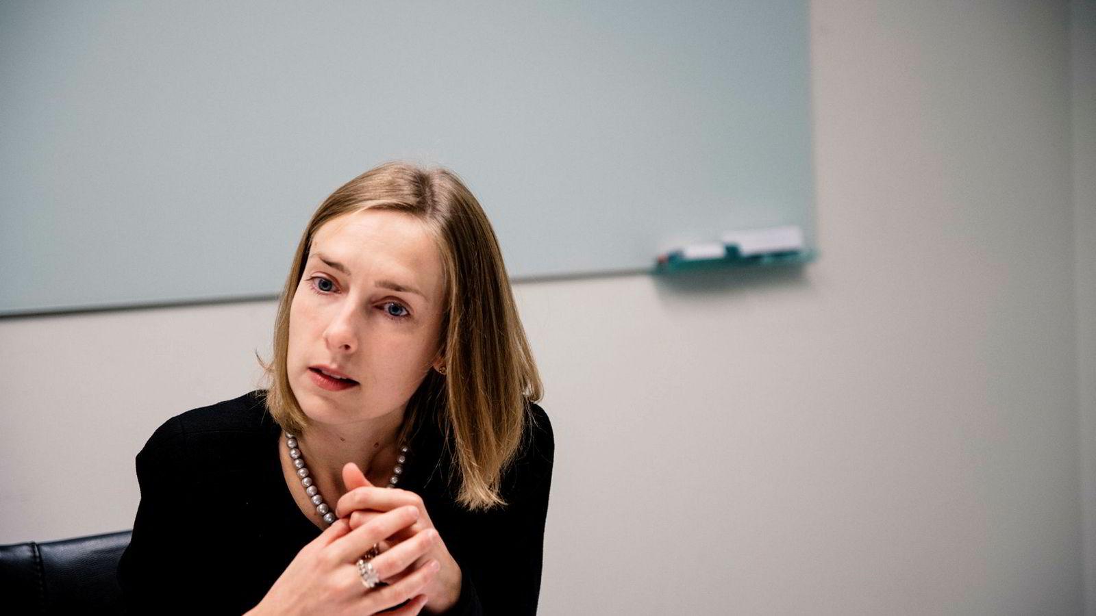 Iselin Nybø, høyere utdanningsminister, vil undersøke om opptakssystemet virker godt.