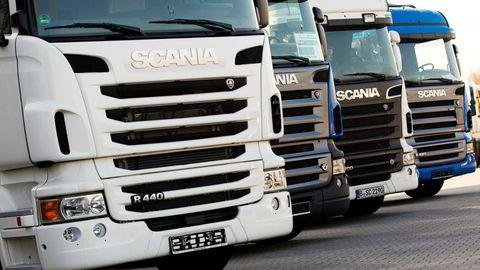 Europakommisjonen mener Scania i hele 14 år drev et kartell sammen med lastebilselskapene MAN, DAF, Daimler, Iveco og Volvo/Renault. Foto: THOMAS PETER/Reuters/NTB Scanpix