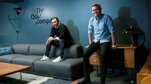 Christian Steen og Trond Kvernstrøm i Oslo Company har lokaler i Folketeaterpassasjen i Oslo, men har allerede vokst seg for store til å bli der på lang sikt. Foto: Skjalg Bøhmer Vold