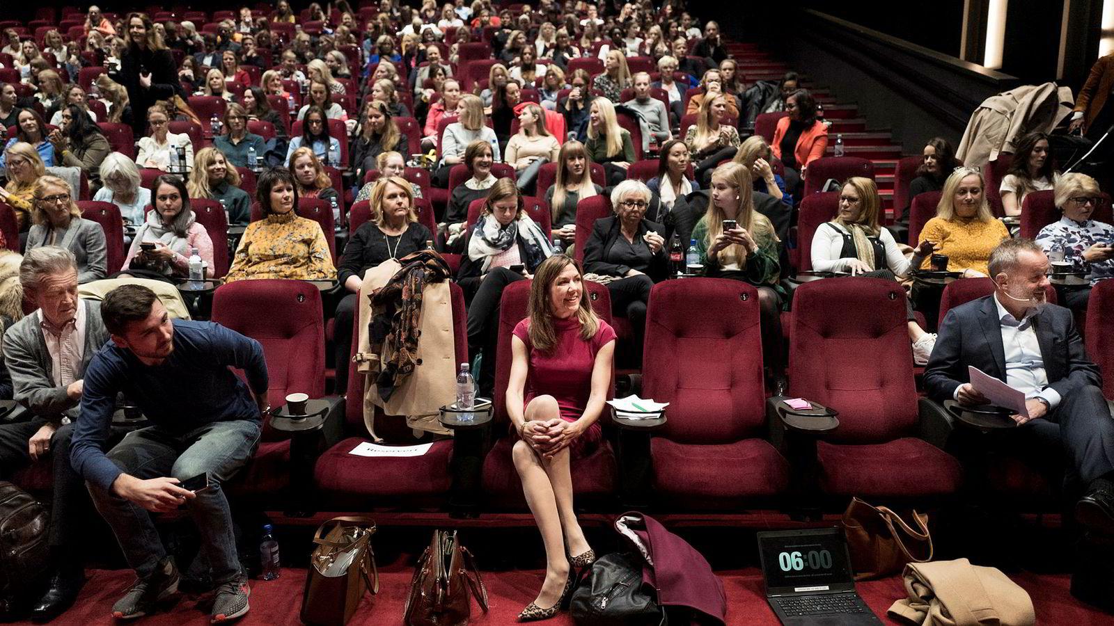 Kinosalen på Vika i Oslo sentrum var fullsatt torsdag morgen.