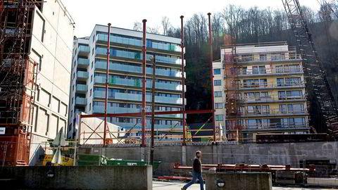 Torsdag legger Samfunnsøkonomisk Analyse frem Econ Nye Boliger, som viser utviklingen i priser og salg av nye boliger.