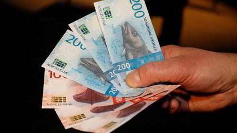 Sp fikk ikke Stortinget med på å be regjeringen om å sikre retten til å betale med kontanter.
