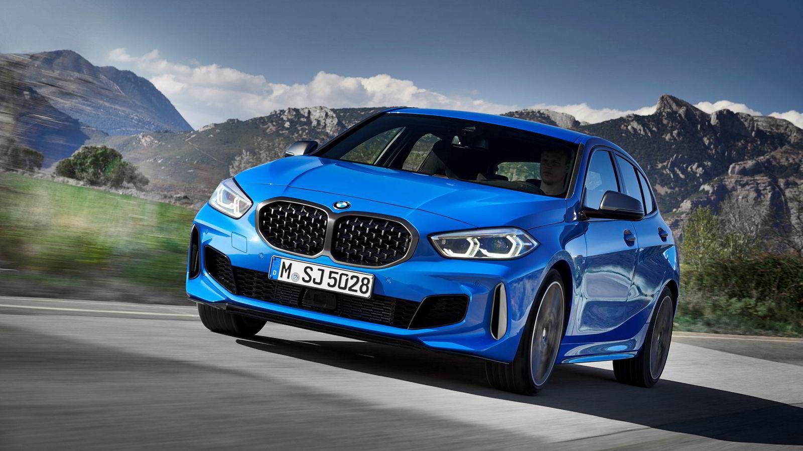 Også i BMW 1-serie har grillen vokst.