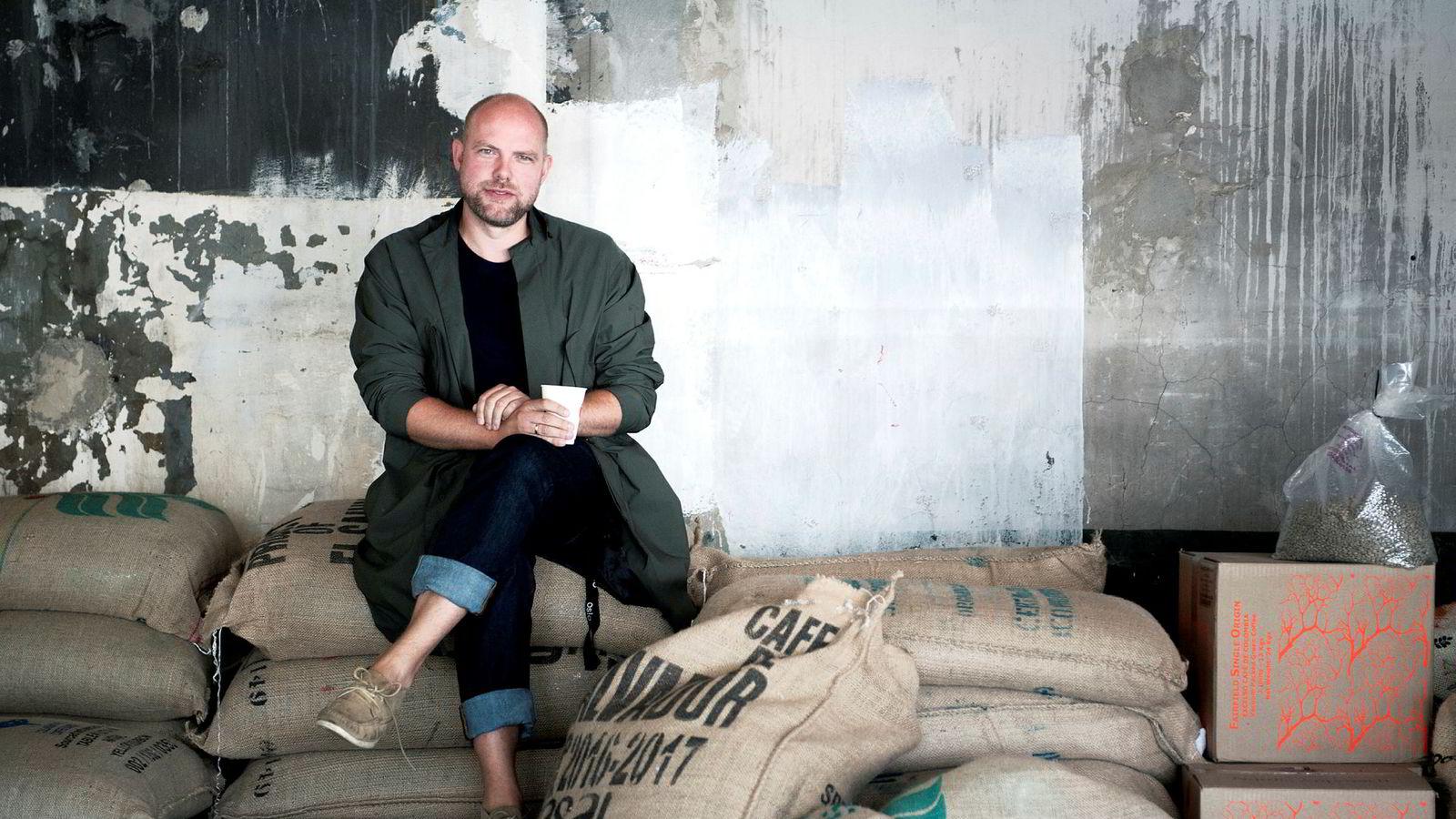 Einar Kleppe Holthe har sammen med gamle kompiser bygget kaffebarer, cocktailbarer og restauranter i Oslo, Japan og New York.