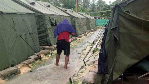 Australias asylsøker-leir på Papa Ny-Guinea skal stenges, men mange av beboerne ønsker ikke å forlate leiren i frykt for vold. Arkivfoto av leiren fra 2016. AFP PHOTO/REFUGEE ACTION COALITION