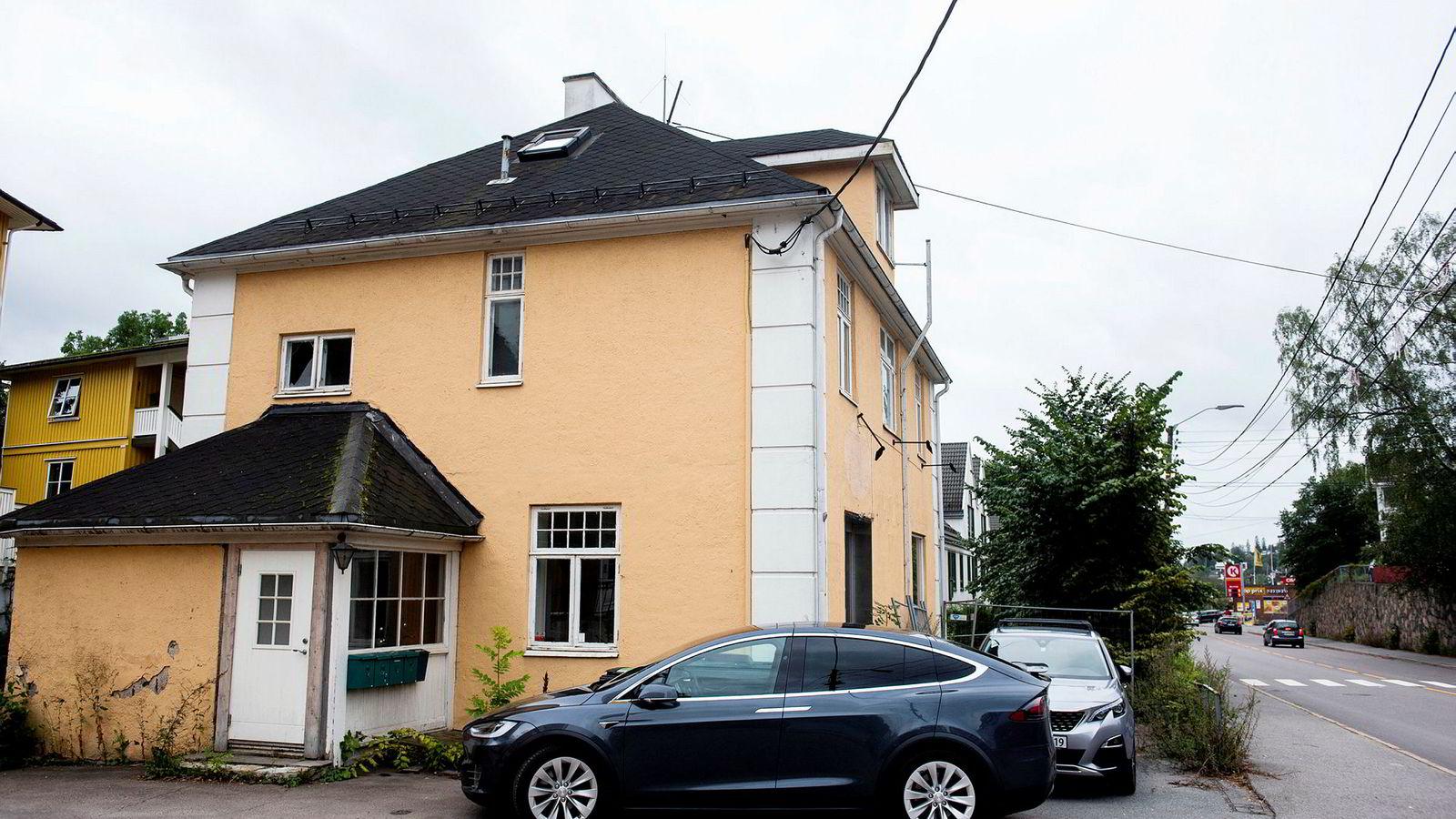 Malingen flasser i Lilleakerveien 39a som ble kjøpt for tre-fem millioner kroner i overpris av Boligbygg. Nå har det kommunale foretaket kansellert kjøpet.