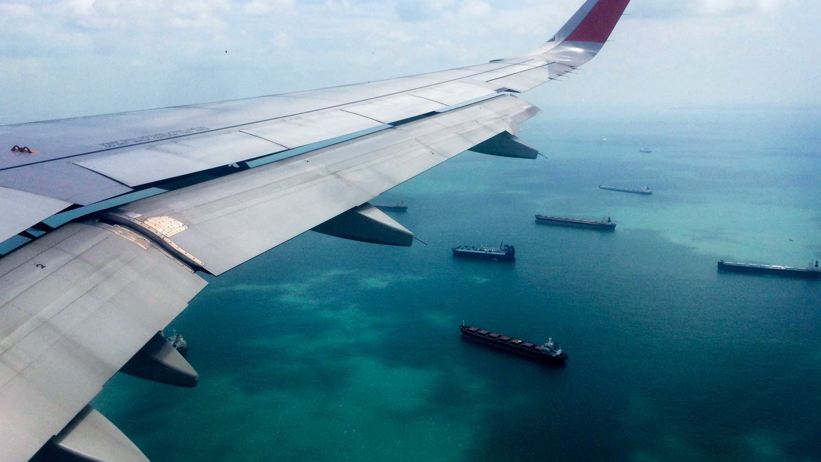 Fly og skipsfart står for rundt fem prosent av globale utslipp. Men prognosene viser at utslippene vil vokse kraftig i årene som kommer og kan utgjøre 32 prosent av utslippene i 2050.