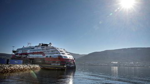 Hurtigruteskipet Roald Amundsen ligger fortsatt til kai i Tromsø.