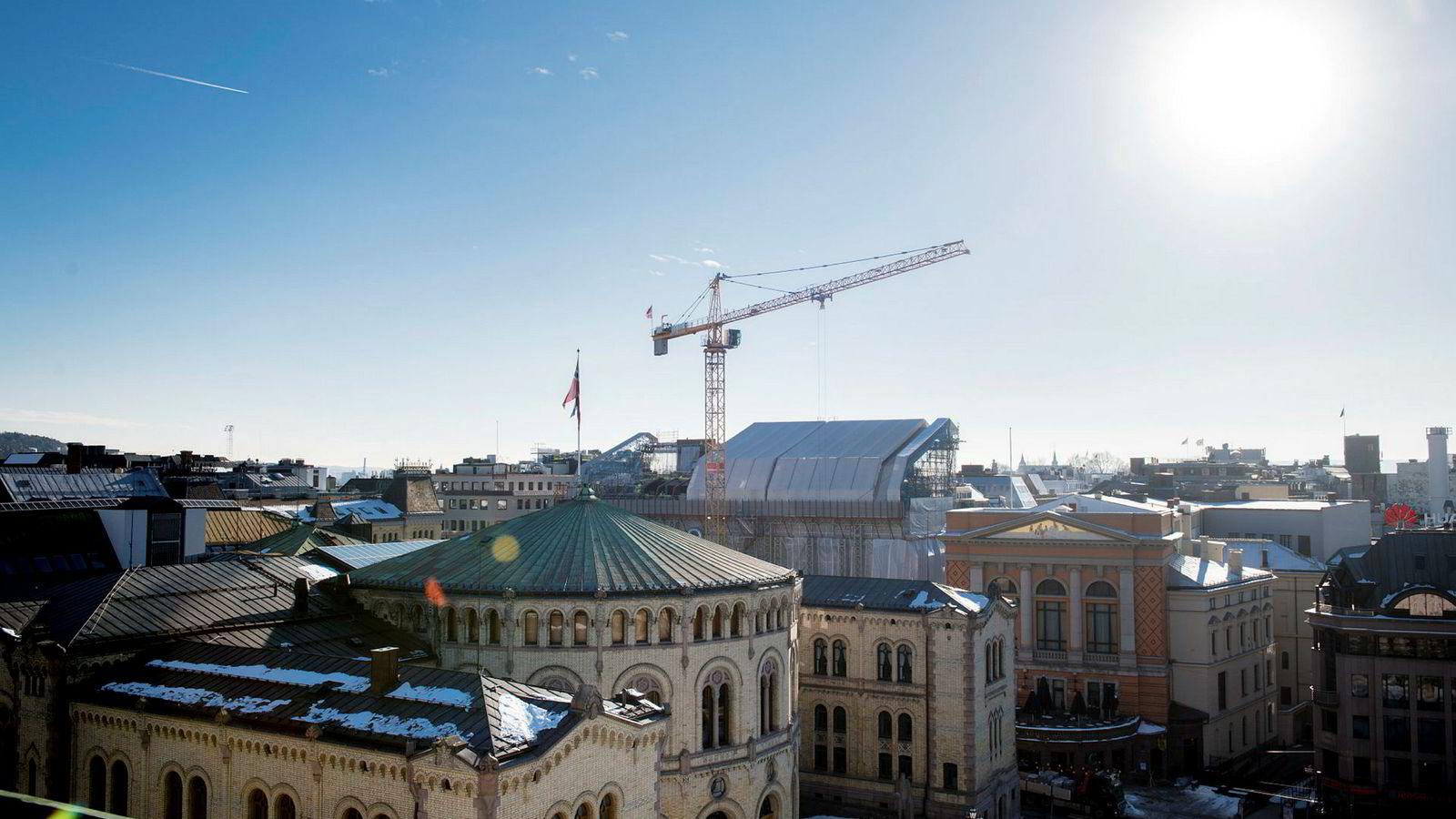 Fra 2015 til 2017 har Stortinget betalt 2,7 millioner i forsinkelsesrenter.