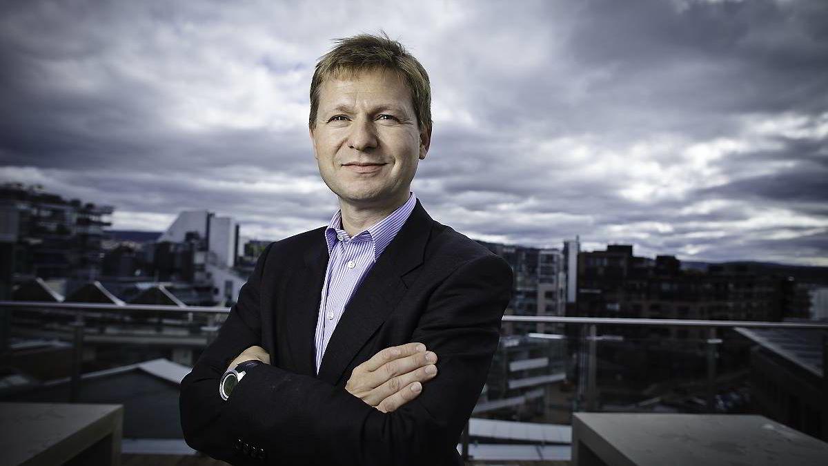 Kredittanalytiker Pål Ringholm i First Securities er ikke i tvil om at den greske statsgjelden må restruktureres.