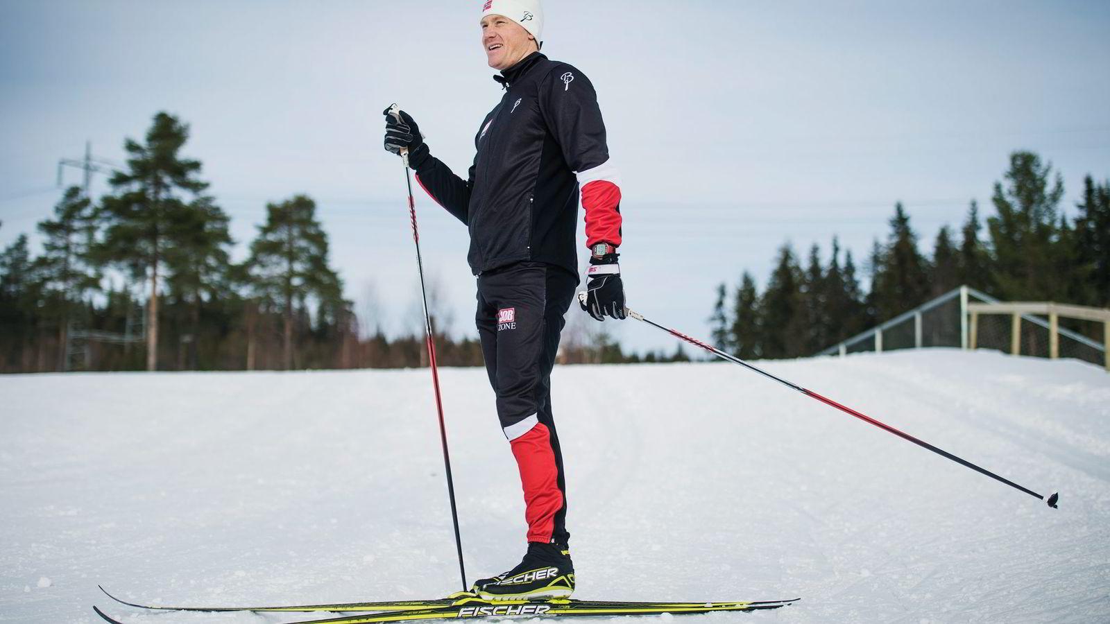 Timo-André Bakken la egen kroppsvekt over stavtakene, det har gitt NM-gull og pallplassering i verdenscupen. Her fra en treningsøkt på Birkebeineren skistadion i Lillehammer. Foto: Hampus Lundgren