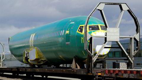 Her er flykroppen til et Boeing 737 Max-fly på vei til fabrikken i Renton i Seattle, nordvest i USA.