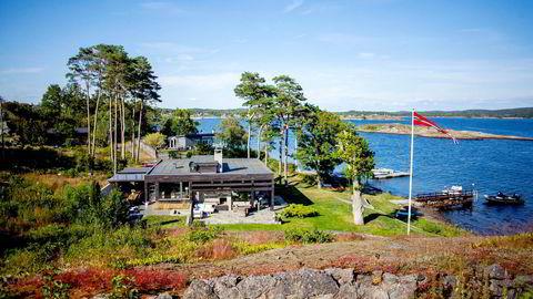 Det har oppstått problemer med John Markus Lerviks strandeiendom i Larvik.